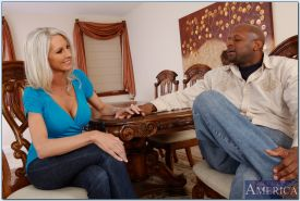 Busty mature Emma Starr enticed into hardcore interracial banging