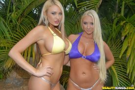 Outdoor kissing by hot milf in bikini Summer Bruelle Taylor and friend