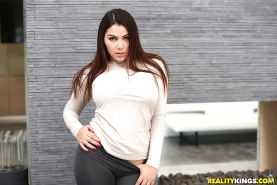 Yoga pants attired brunette babe Leah Gotti exposing perfect big tits