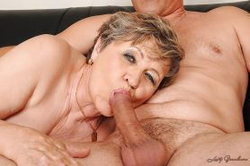 Lustful fatty granny gives a blowjob and gets slammed hardcore #51037366