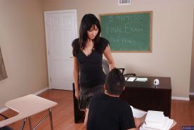 Brunette milf teacher Diana Prince has her big tits teased and dose blowjob