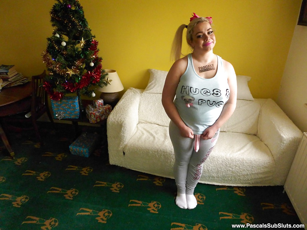 Amateur BBW Saskia Squirts exposing big tits and shaved pussy in socks #50130453