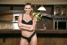 Big tit MILF Tanya Tate showing of her ass and spreading in high heels
