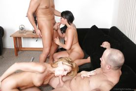Wicked groupsex featuring filthy sluts Darryl Hanah and Bianca Dagger
