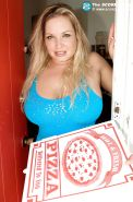 Blond bbw with huge tits Rachel Love seduced a pizza guy for hardcore banging