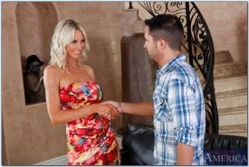 Busty mature babe Emma Starr seduces a younger guy and gets slammed