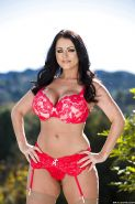 Curvaceous babe Sophie Dee slipping off her lingerie outdoor