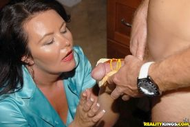 BBW MILF gets a special hotdog with a huge bulging sausage