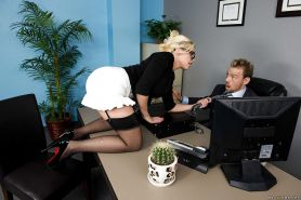 Beauty on high heels Britney Amber fucks with her boss in the office