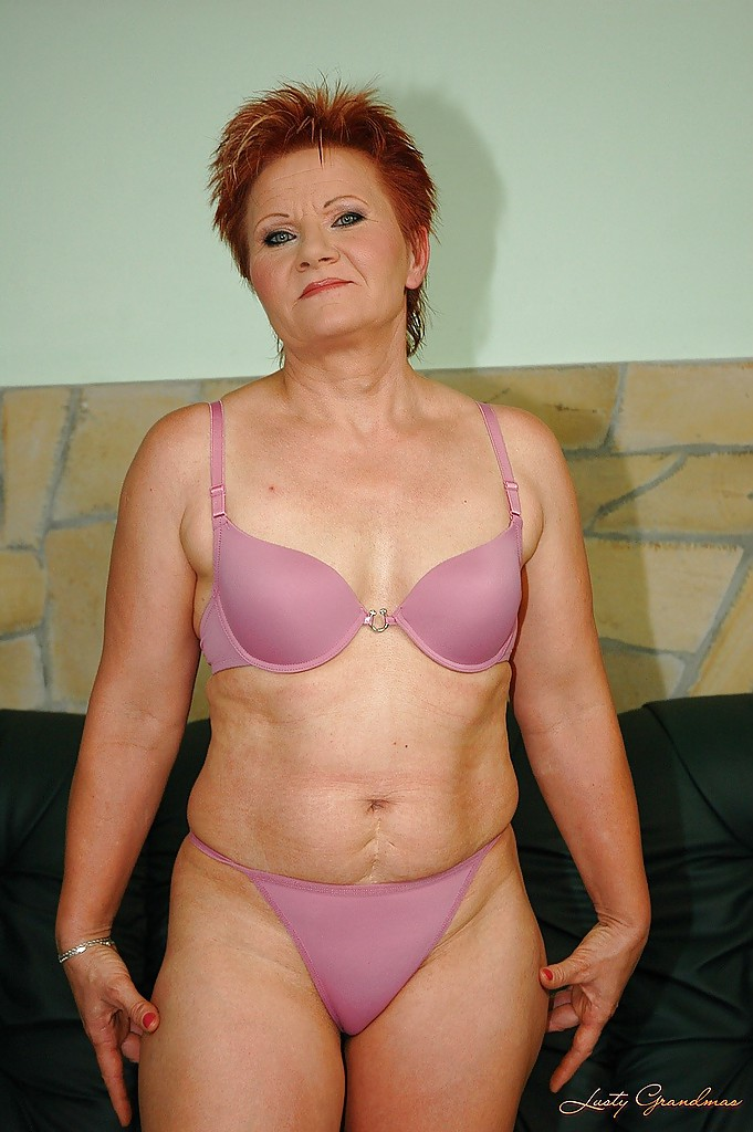 Redhead granny with tiny tits shows her shaved cunt and her hot ass #51018456