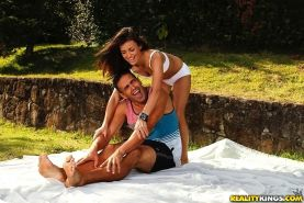 Latina chick Kamilla does some exercises with her boyfriend outdoor