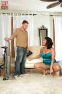 Chubby Latina cougar Angelina Castro having legs and feet worshiped