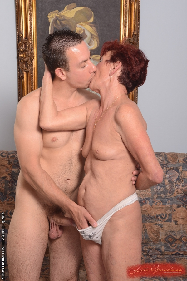Beautiful granny Angela Reed enjoys hardcore sex with her young lover #50985053