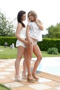 Outdoor lesbian sex with beautiful pornstar Whitney Conroy