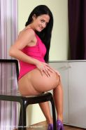 Teen with cute face Nicole Vice penetrates her lovely tight holes