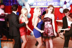 Tasha Reign, Jacky Joy and Faye Reagan have groupsex at the party