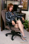 Unmatched mature Roni showing big tits and jilling sissy in office