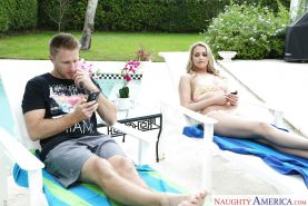 Hot wife Mia Malkova making pornstar debut outdoors by swimming pool