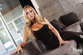 Hot babe with shaved vag Samantha Saint stripping and spreading her legs