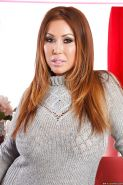 Lusty asian lady Kianna Dior revealing her gorgeous curves