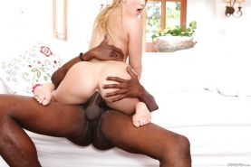Naked blonde AJ Applegate taking cumshot after hardcore fucking from BBC