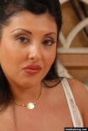 Close ups of chubby mature woman Jaylene showing off impressive cleavage