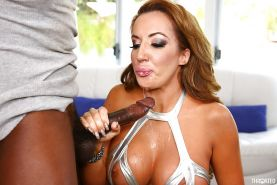 Busty MILF Richelle Ryan delivers messy interracial deepthroat blowjob