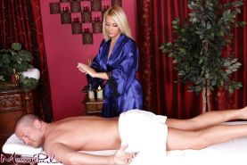 Big boobed blonde masseuse Madison Ivy face sitting man in 69 position