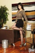 Hot office lady Diana Prince slowly uncovering her voluptuous curves