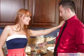 Hardcore amateur redhead Marie McCray fucks with her new boyfriend