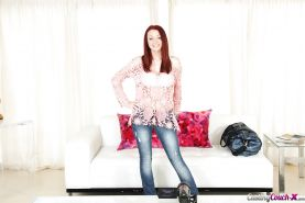 Amateur redhead babe Jessica Robbin slowly undresses her jeans