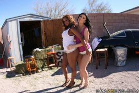 Lusty MILFs Sinnamon Love and Luscious Lopez show hot bodies outdoor