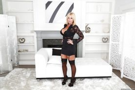 Busty blonde MILF Dee Siren showing off sexy older woman legs