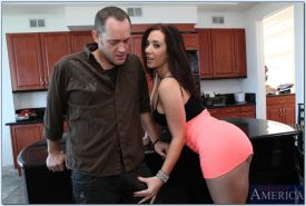 Lusty MILF Jayden Jaymes fucks a big boner and gets facial cumshot