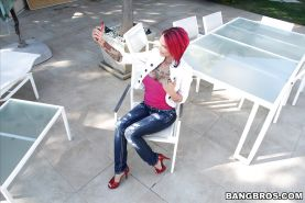 Buxom exhibitionist Anna Bell Peaks flashing huge tits in public for selfie
