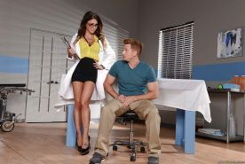 Leggy doctor Jessica Jaymes seduces a younger man with huge cock