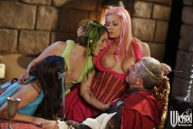 Casey Calvert, Claire Robbins and Riley Steele fucking in costumes