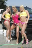 Phoenix Marie, Harmony Rose and Flower Tucci show their hot booty