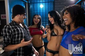 Horny babes Alektra Blue, Asa Akira and Misty Stone into hot gangbang