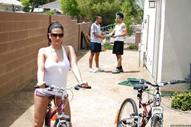 Lovely Austin Kincaid with big tits after a bike ride, rides a dick