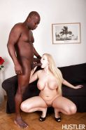 Interracial sex scene with a big gits blonde pornstar Angel Wicky