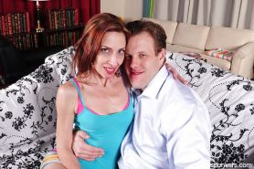 Hardcore ass fucking scene of an mature mom Betty and her man