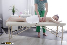 Petite chick Mary receiving sensuous hot oil massage and ass fucking