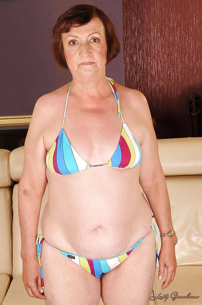 Fatty granny with tiny tits Eve Tickler taking off her bikini #50998994