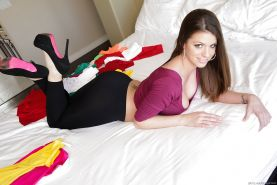 Brooklyn Chase slides spandex panties over plump rump for doggy banging