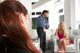 Hot MILFs Addison Ryder and Courtney Taylor suck off plainclothes detective