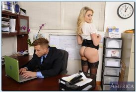 Lewd office hottie in stockings Mia Malkova gets fucked at her work place