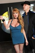Busty pornstar milf Taylor Wane is a fine blonde to have sex with