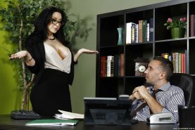 Office brunette Jayden Jaymes is seducing her coworker right there