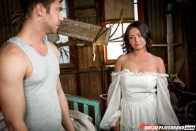 Big-titted Latina with tattoo on belly Rachele Richey is stretched by pecker